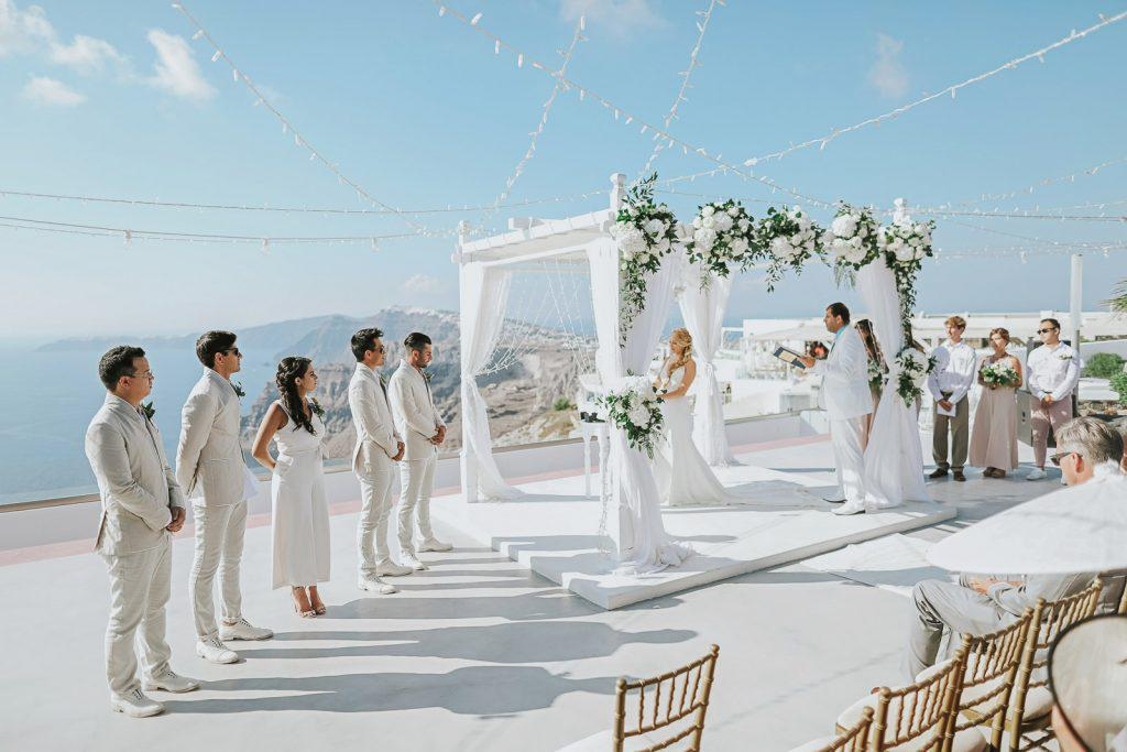 Wedding photographer in Santorini