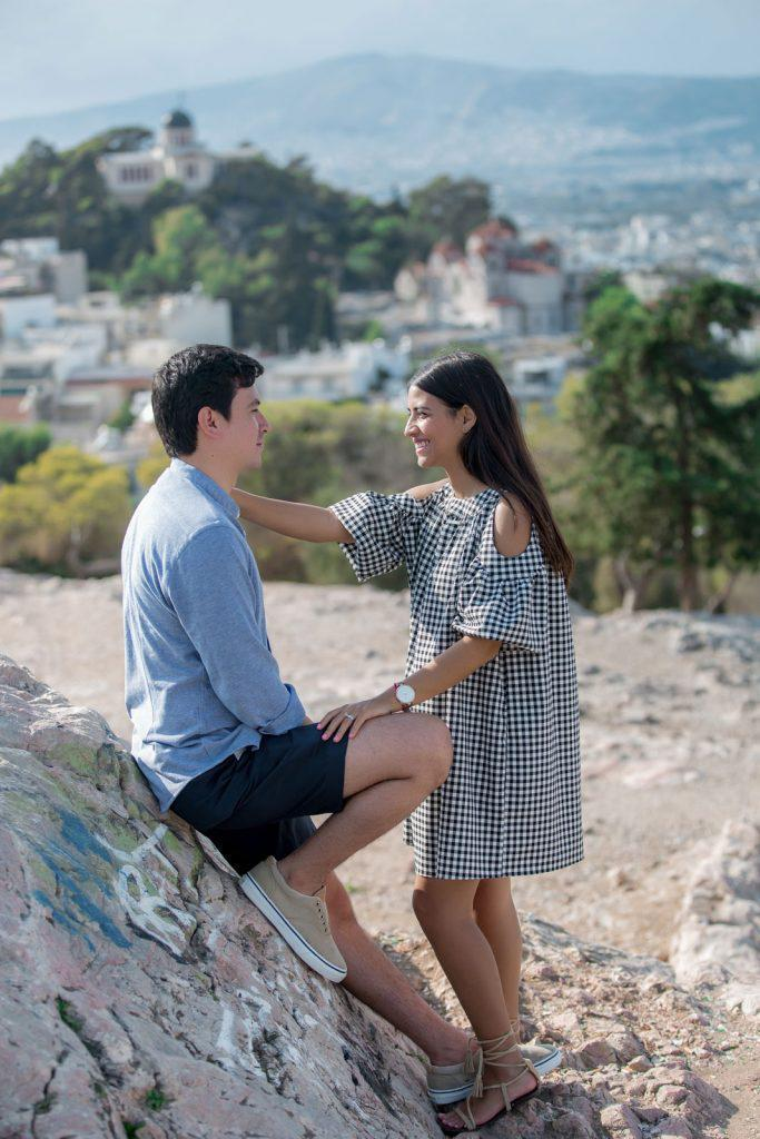 Honeymoon photo session in Athens by the Acropolis