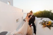 Wedding photographer in Greece | Athens | Santorini | Greek islands